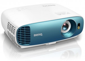 BenQ TK800M 4K UHD/ DLP projektor/ 3000ANSI/ 10.000:1/ VGA/ 2x HDMI 9H.JLA77.13E
